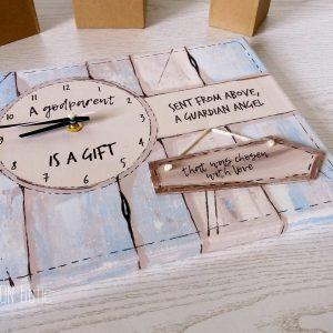 Ceas personalizat handmade pictat manual cu mesaj pentru nasi