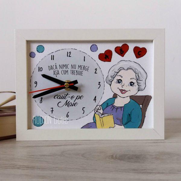 Ceas bunica handmade pictat manual personalizat cu mesaj