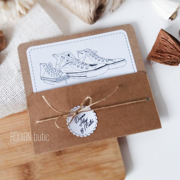 Invitatii nunta rustice handmade kraft neconventionale trio