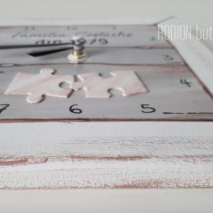 Ceas puzzle cuplu pictat manua personalizat cu nume si an
