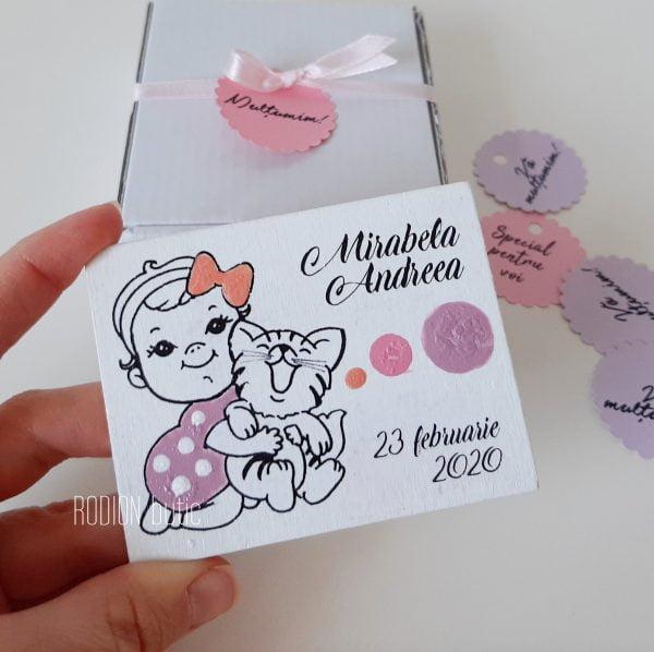 Magneti botez fetita pisicuta personalizate pictate manual handmade