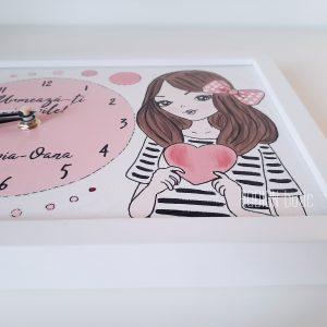 Ceas pentru fetita handmade pictat manual personalizat cu nume