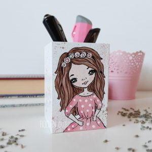 Suport creioane fetita pictat manual personaliat cu nume
