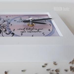 Ceas arabescuri casa noua pictat manual personalizat cu mesaj