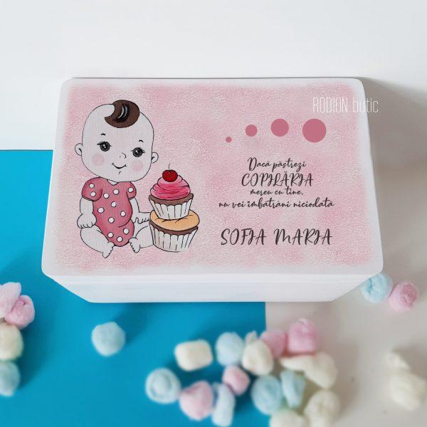 Cufar pentru amintiri fetita pictat manual personalizat cu nume si mesaj