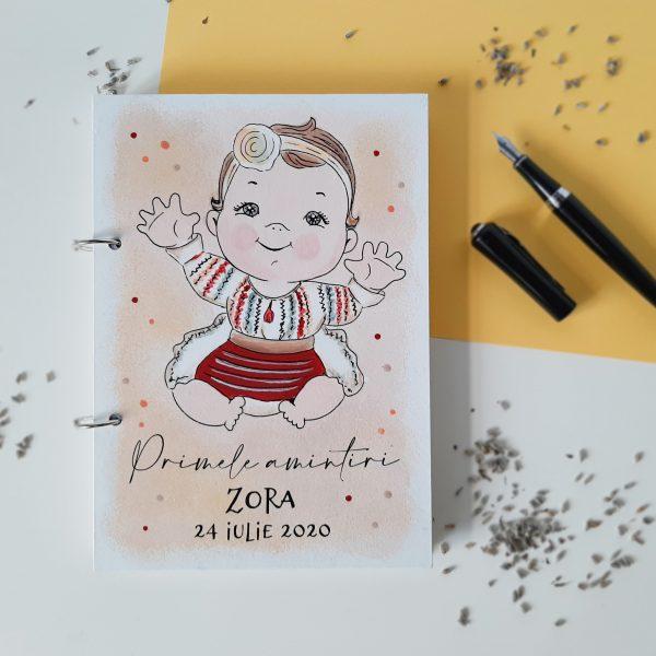 Caiet pentru amintiri fetita traditional personalizat pictat manual